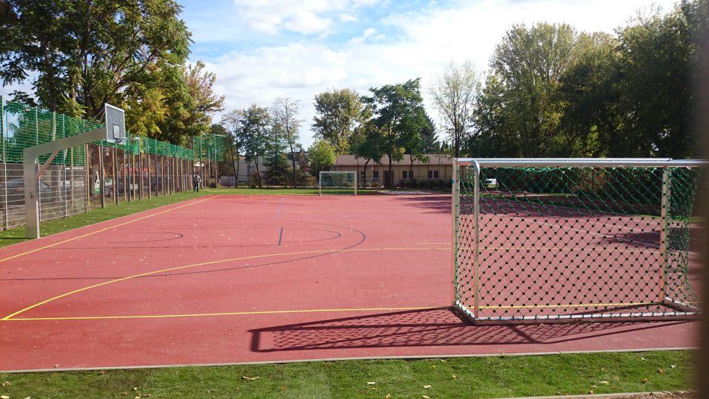 Inselschule Töplitz Schulsportanlage in Werder (Havel) OT Töplitz